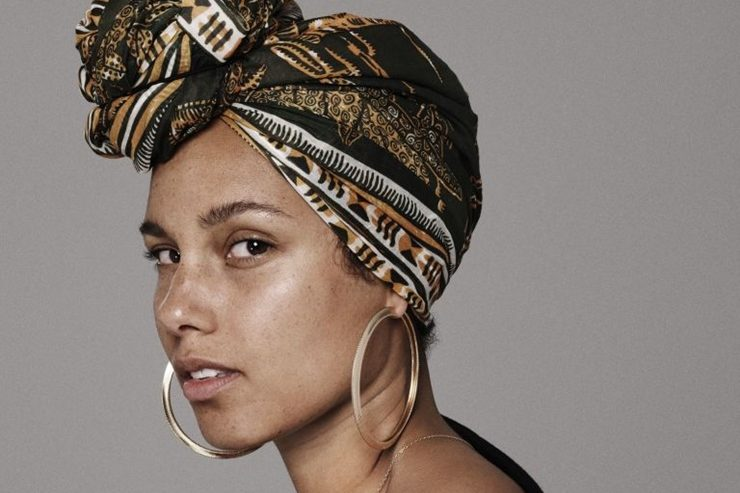 Alicia Keys #NoMakeup Campaign Goes Viral